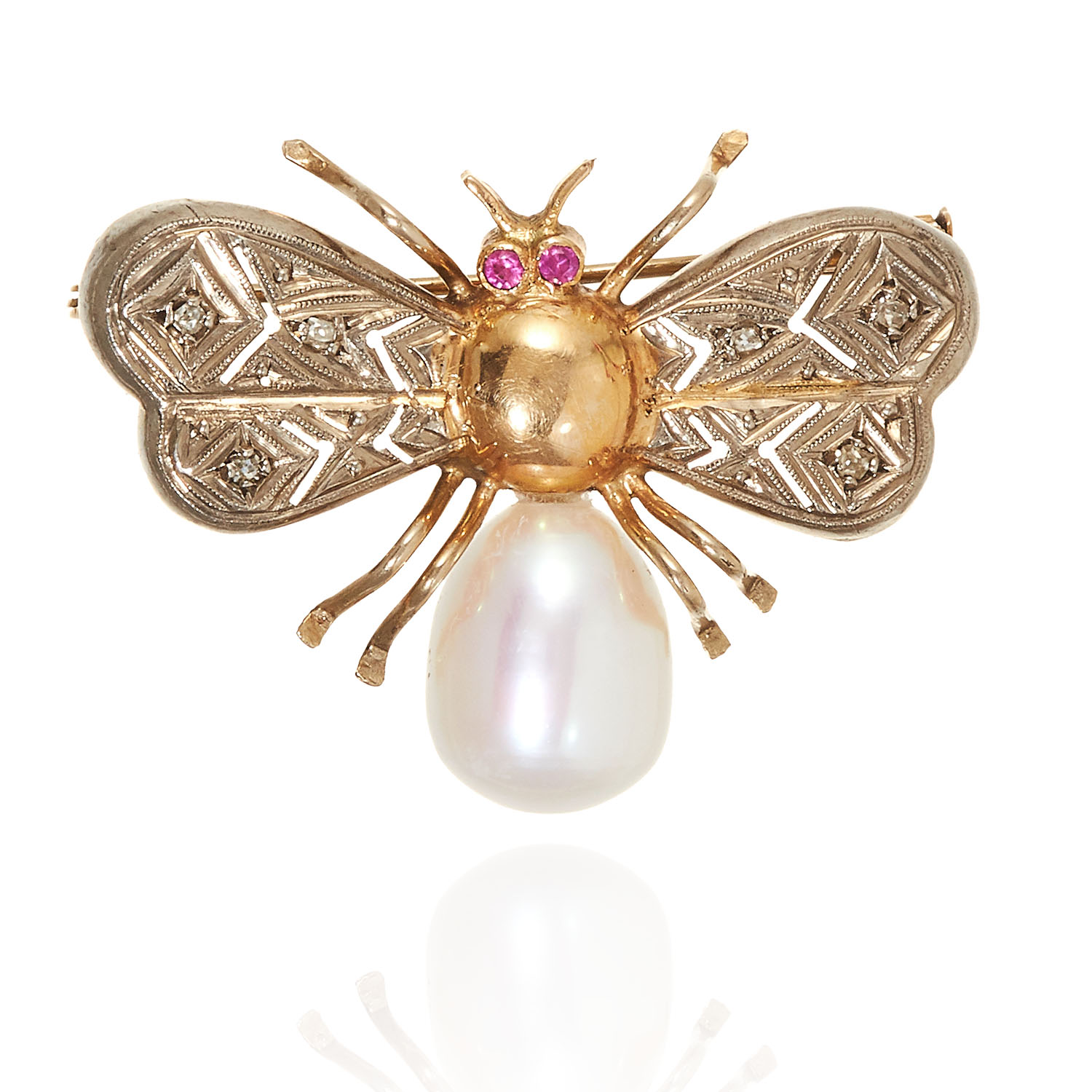 AN ANTIQUE PEARL, DIAMOND AND RUBY BEE BROOCH, CIRCA 1940, in 18ct yellow gold, designed as bee with