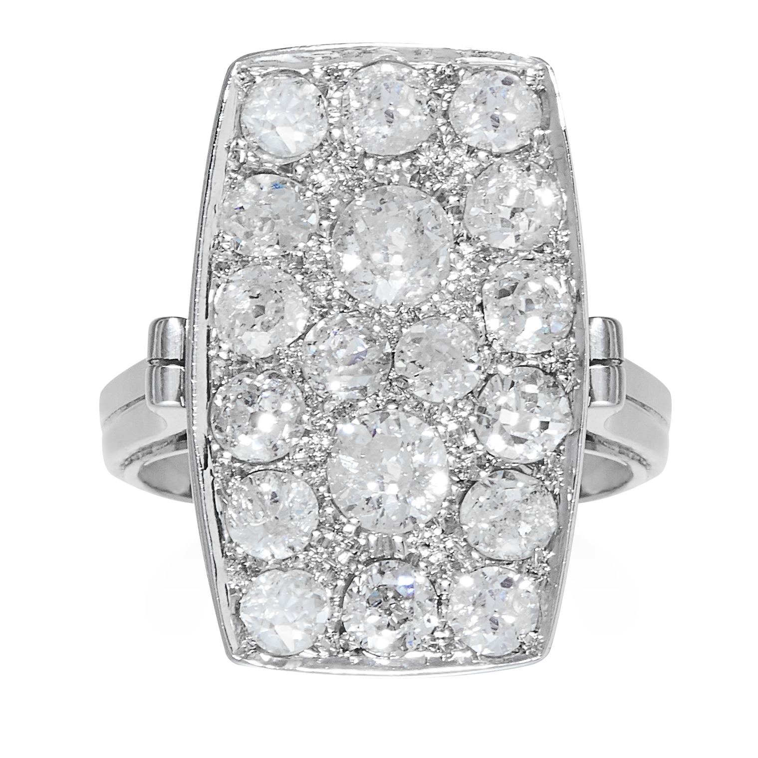 AN ART DECO DIAMOND RING in platinum or white gold, the rectangular face jewelled with old round cut