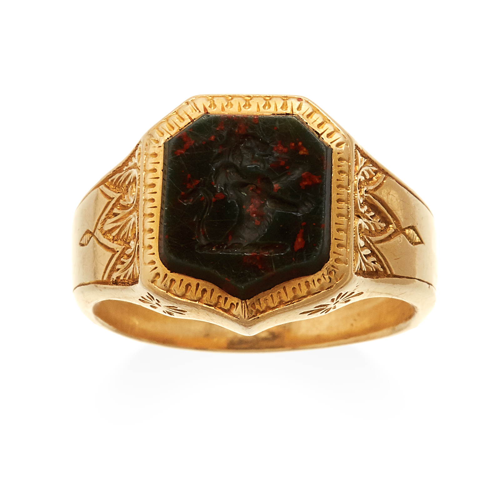 AN ANTIQUE CARVED INTAGLIO HARDSTONE SIGNET RING, 19TH CENTURY in 18ct yellow gold set with an