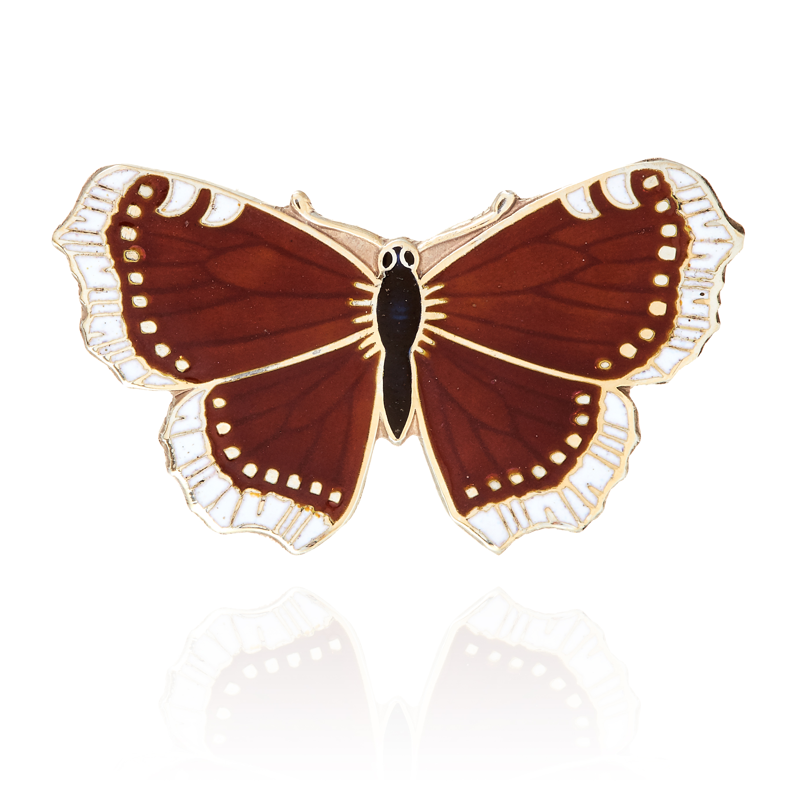 AN ANTIQUE ENAMELLED BUTTERFLY BROOCH in sterling silver, designed as a butterfly, its body