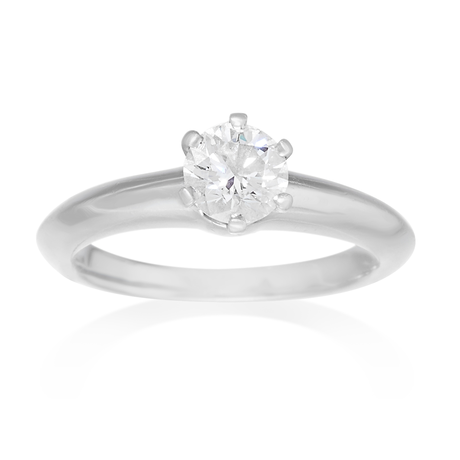 Los 6 - A 0.52 CARAT SOLITAIRE DIAMOND RING, TIFFANY & CO in platinum, set with a brilliant cut diamond of