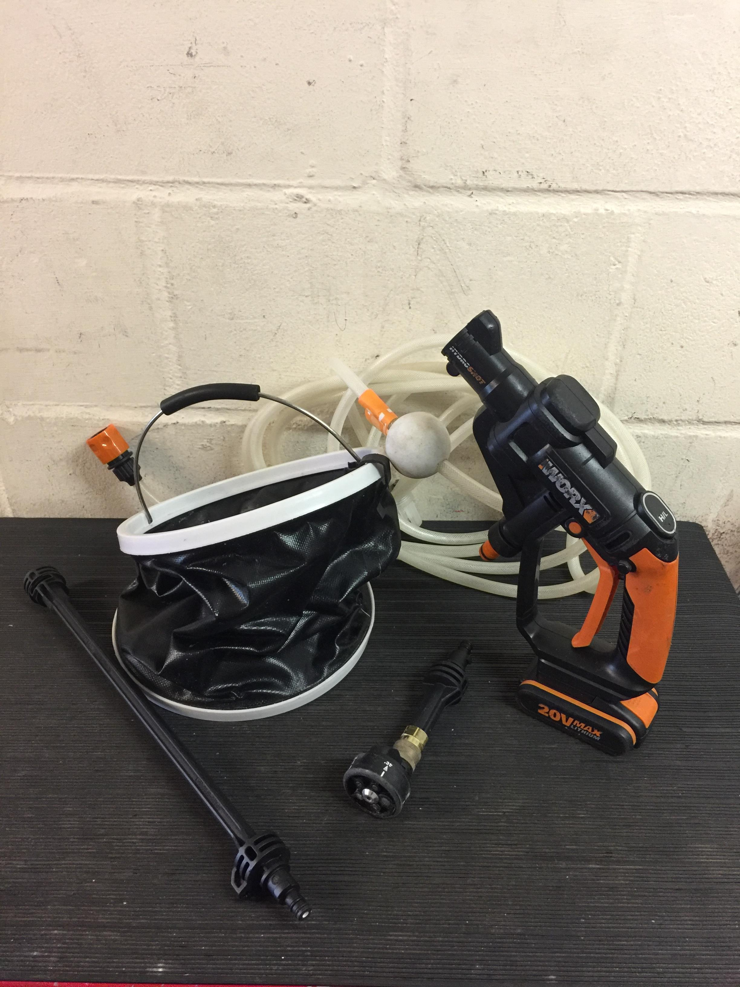 Lot 114 - WORX WG629E.1 Cordless HYDROSHOT Portable Pressure Cleaner (without charger) RRP £117.99
