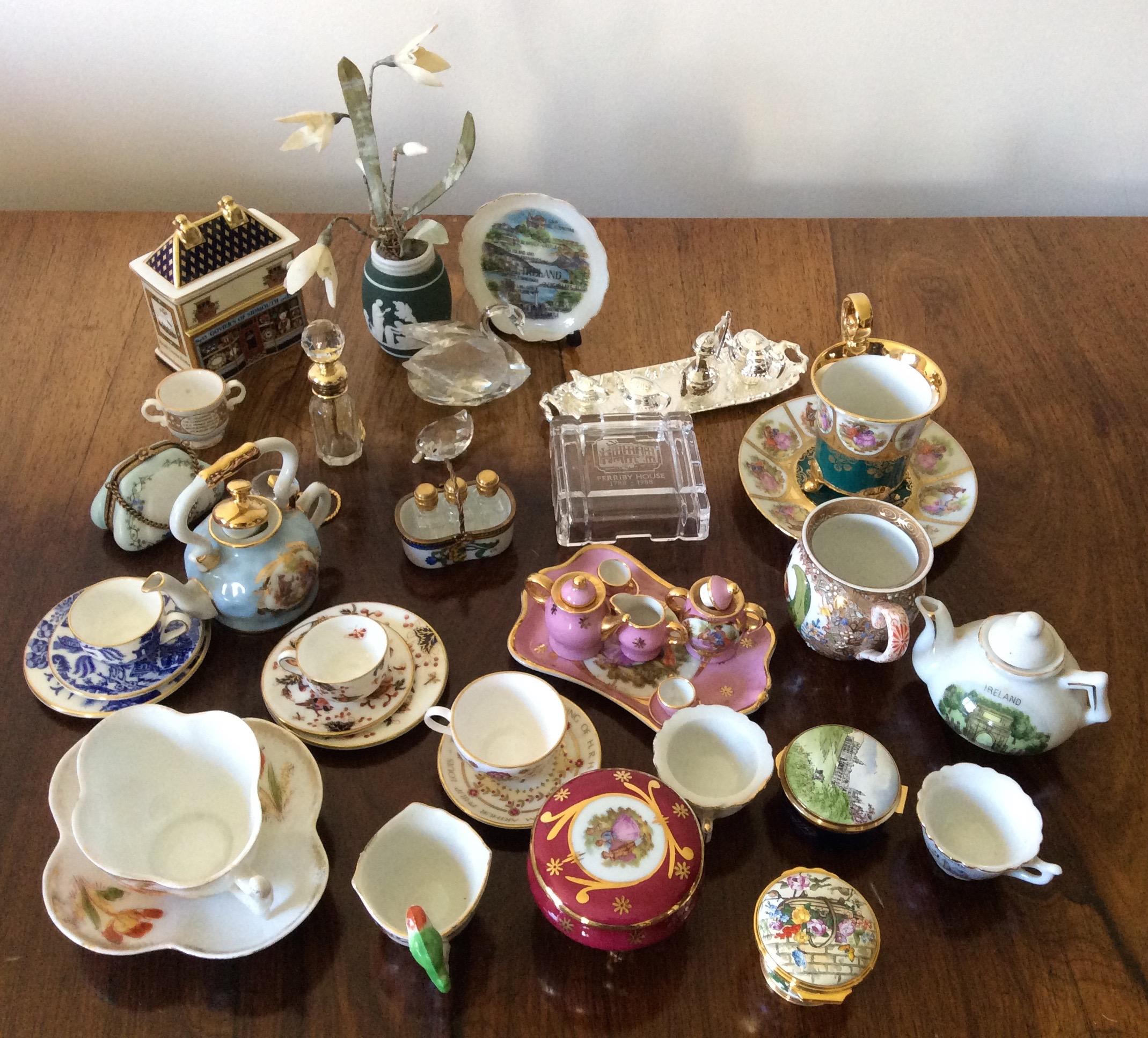 Lot 13 - A collection of miniature ceramics inc. Limoges, Coalport etc.