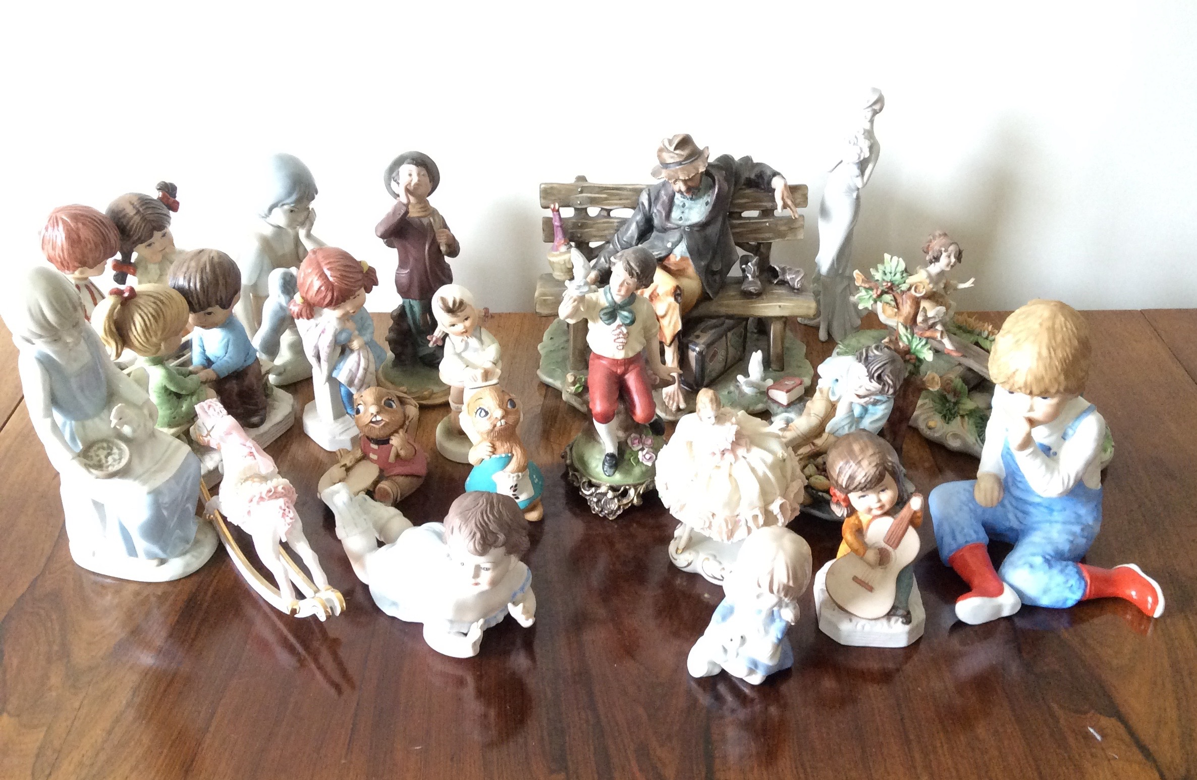 Lot 14 - A collection of figurines inc. Capodimonte etc.