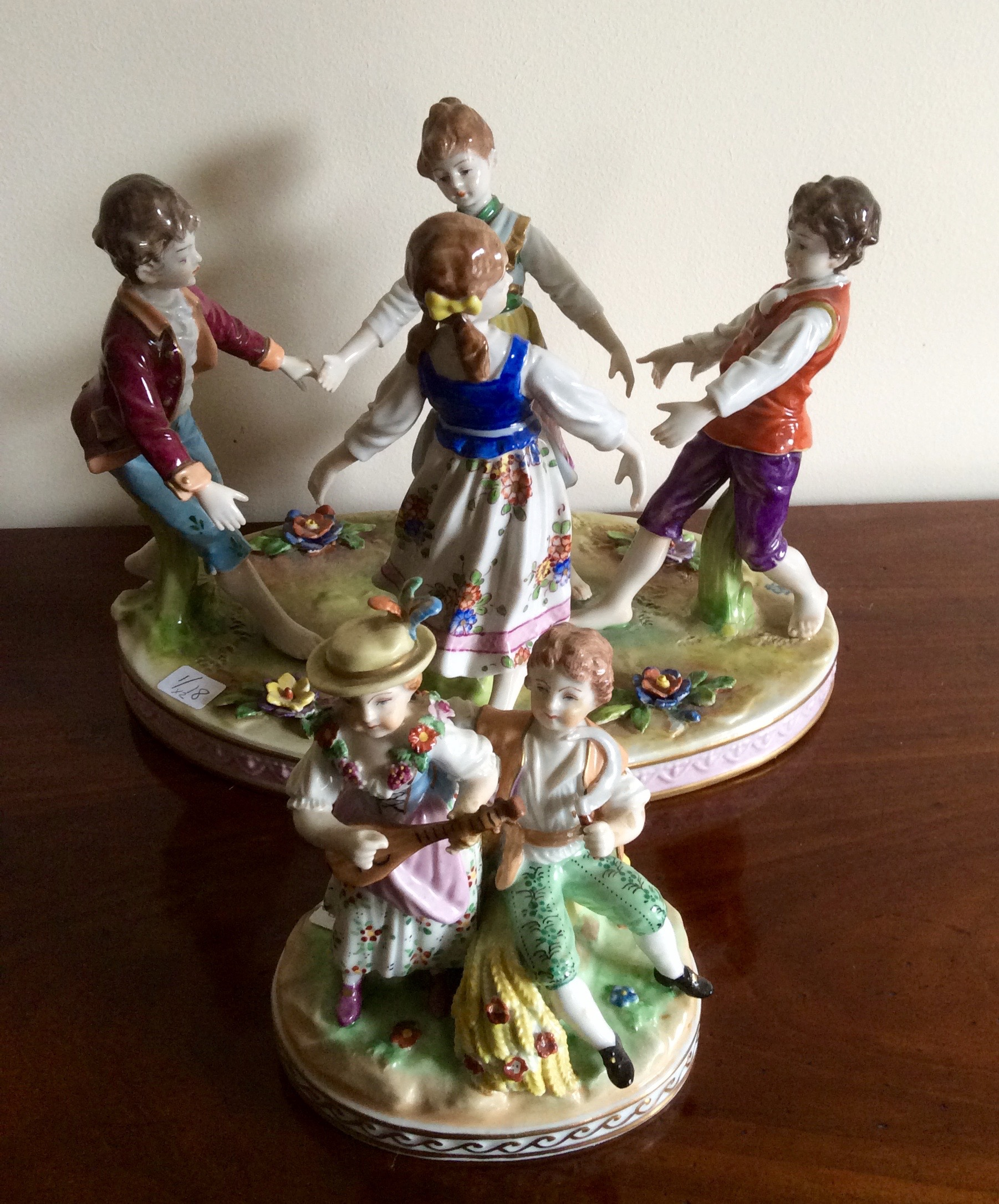 """Lot 28 - Two small Meissen group figures 'Musicians and Dancers"""""""