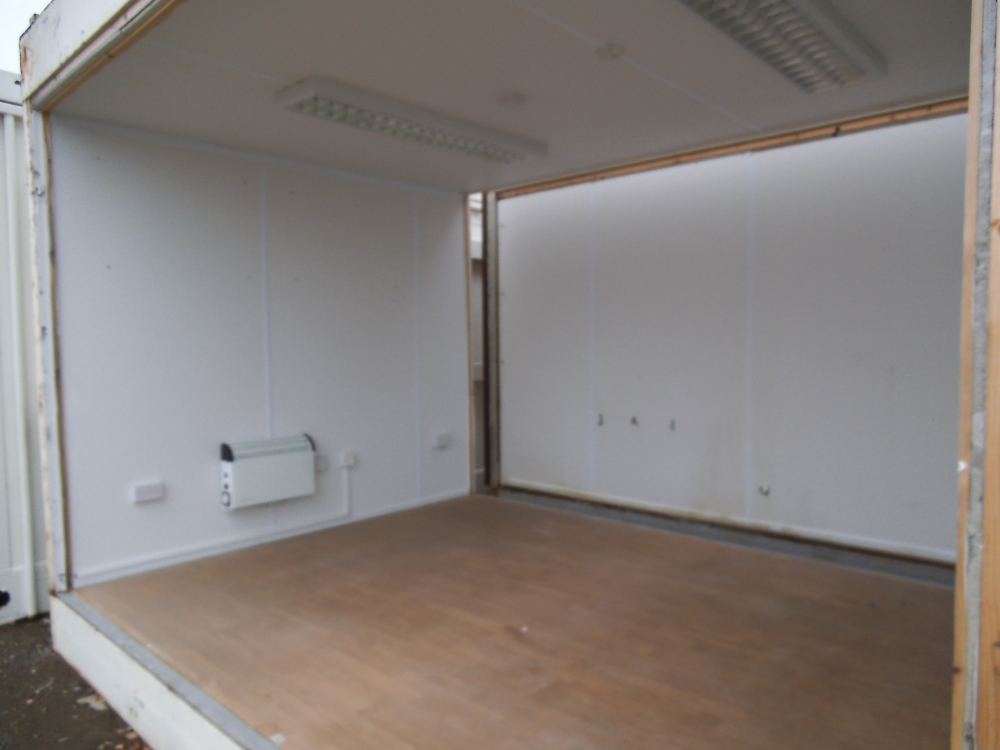 Single mcavoy intermediate 32ft x 10ft unit 2 gable ends for 10ft by 10ft room