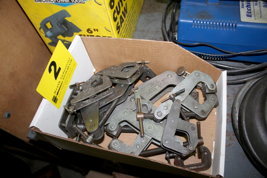 Lot 2 - KANT TWIST CLAMPS