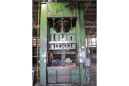 Verson 300-HD-1-60 300 Ton Long Stroke Hydraulic Press s/n 4961 w