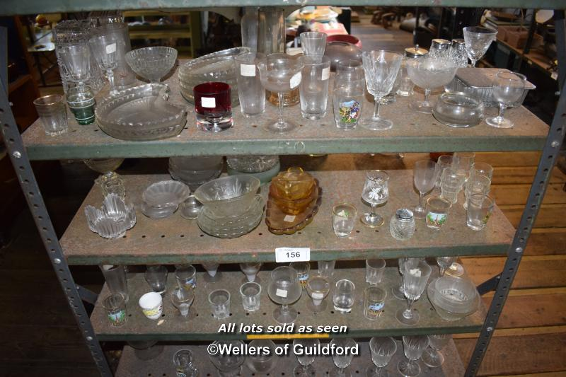 Lot 156 - THREE SMALL SHELVES OF MIXED GLASSWARES