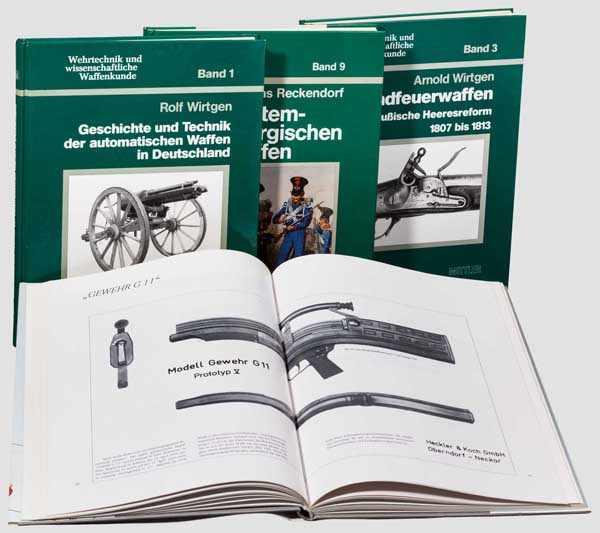 Lot 12 - Vier Bände zum Thema Waffenentwicklung und -kunde Wirtgen, Arnold, {Handfeuerwaffen und preußische