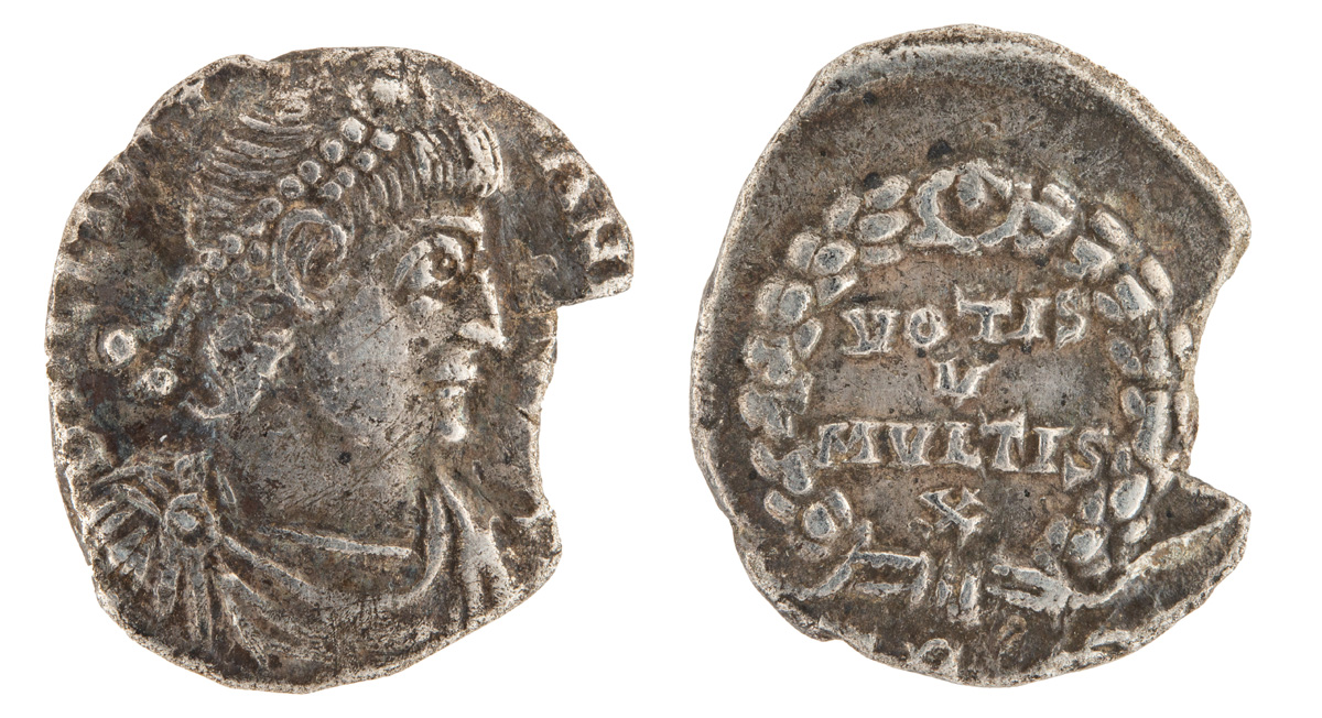 Lot 32 - ROMAN EMPIRE