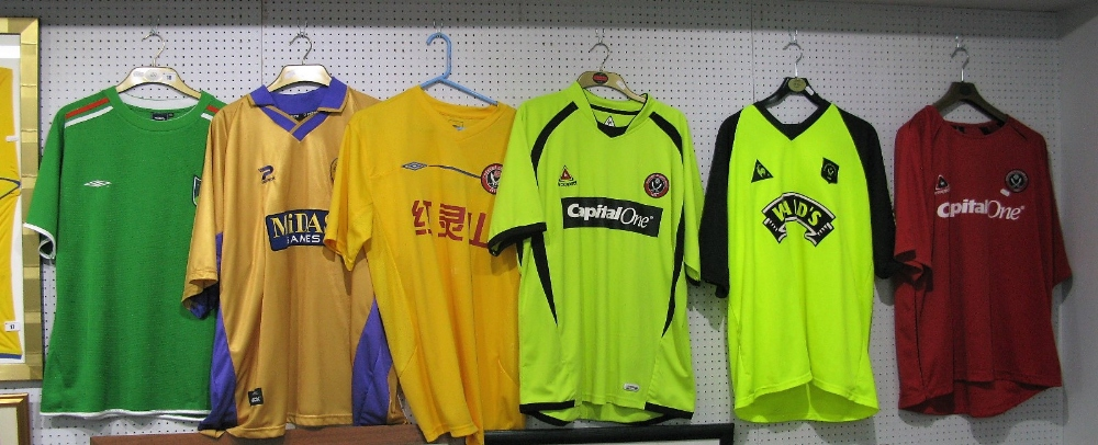 Lot 18 - Sheffield United Away Shirts, 'Midas', 'Capital One' x2, Wards plus Chengdu Blades plus Greentown(