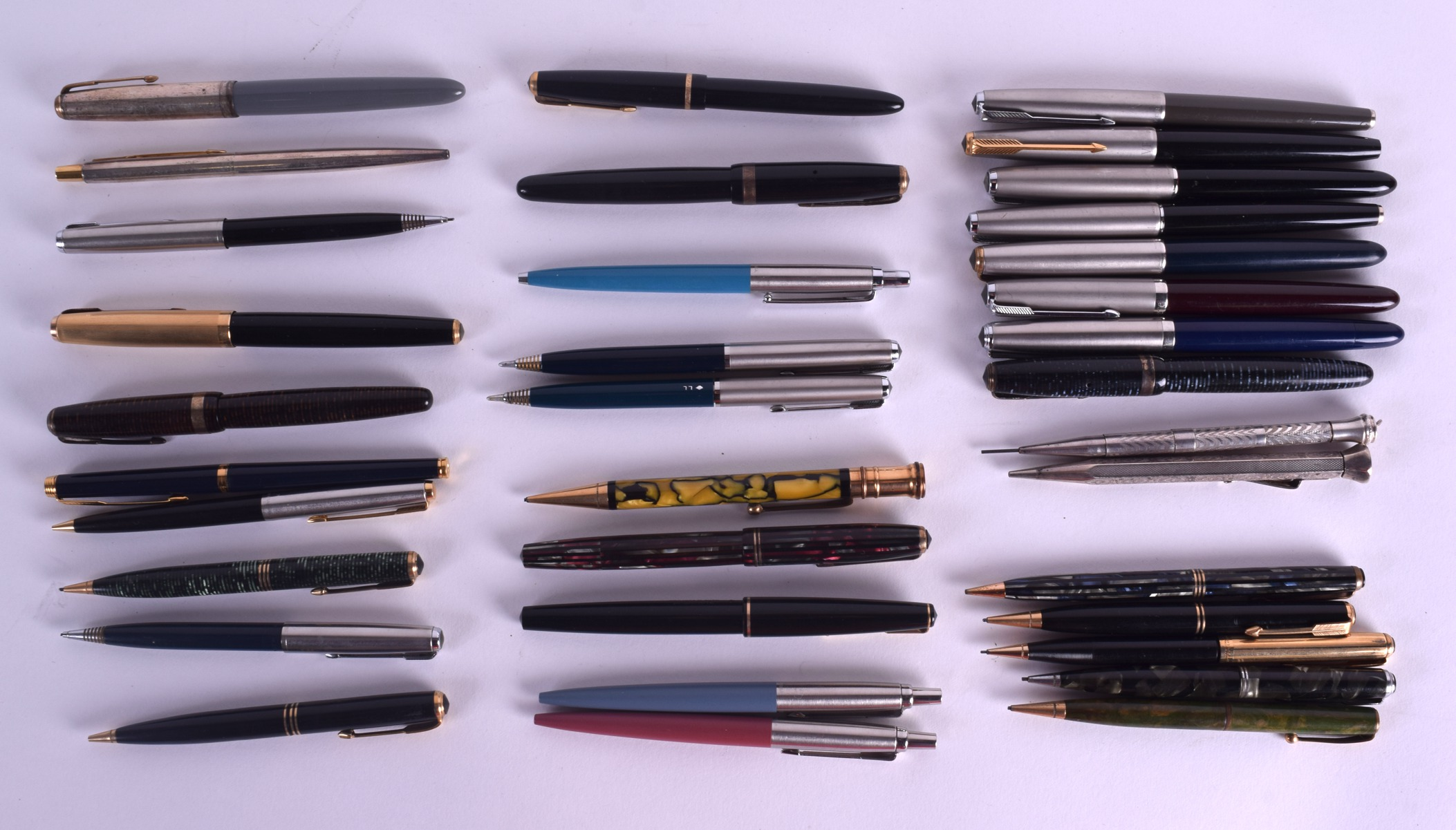 Lot 868 - A COLLECTION OF PARKER PENS including mechanical pencils, fountain pens & ball points, one with 14