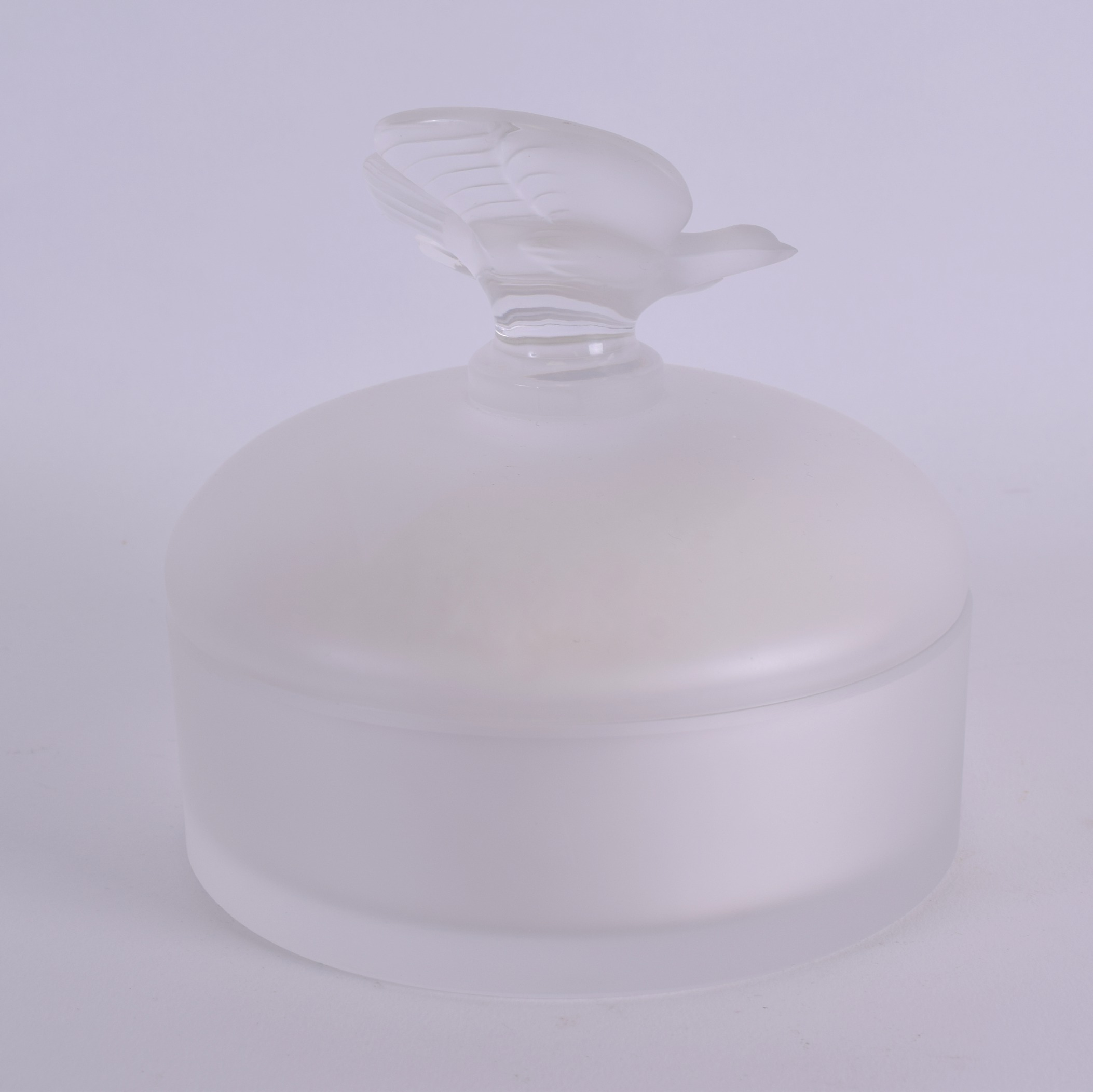 Lot 2 - A FRENCH LALIQUE NINA RITCHIE GLASS BOX AND COVER the finial formed as a bird. 13 cm x 13 cm.
