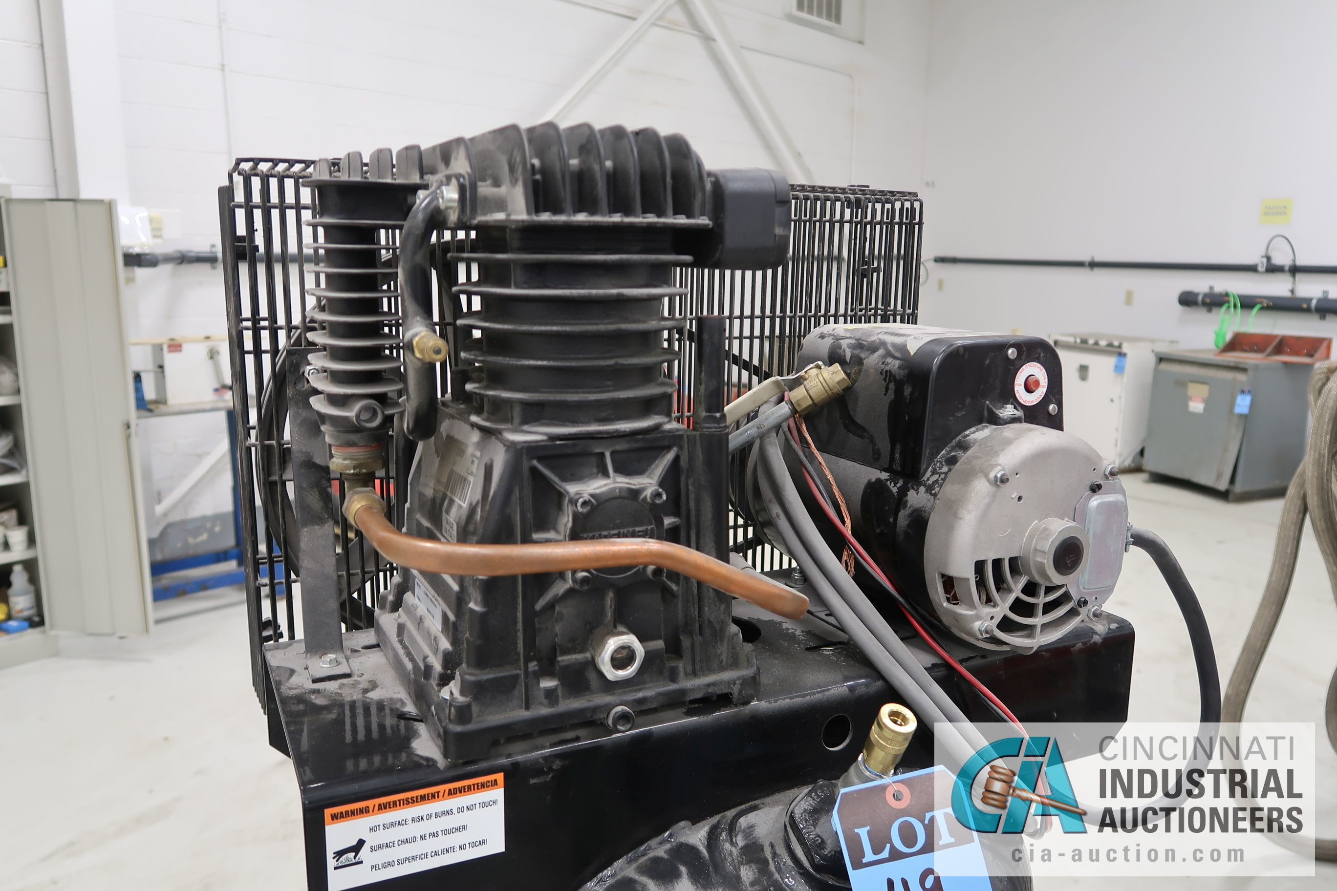 5 HP US GENERAL HORIZONTAL TANK MOUNTED AIR COMPRESSOR, 60 GAL. TANK, 230 VOLT - Image 4 of 4