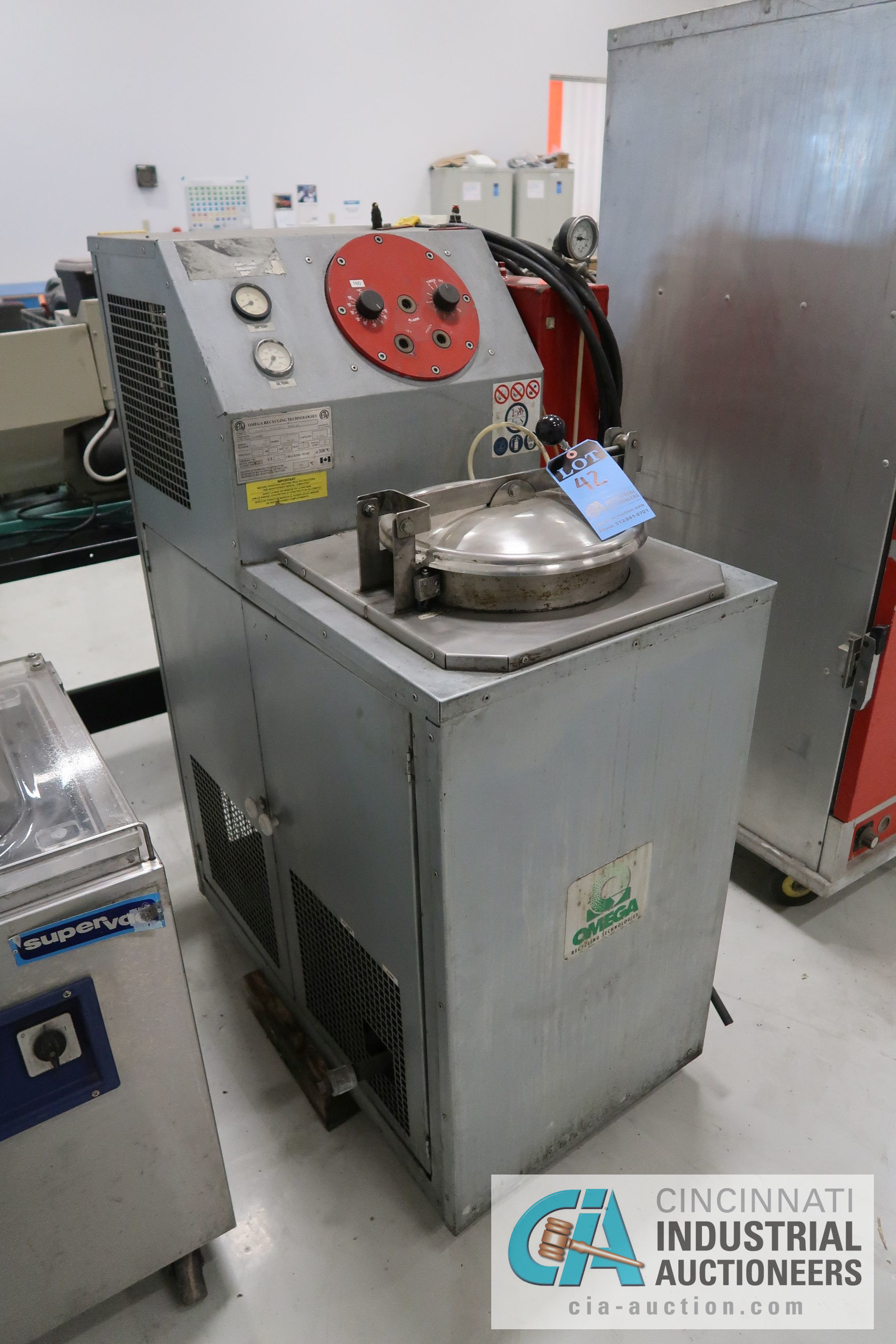 6 GAL. OMEGA RECYCLING TECHNOLIGES MODEL RS-6A SOLVENT RECOVERY UNIT; S/N 0304-1843VP - Image 2 of 5