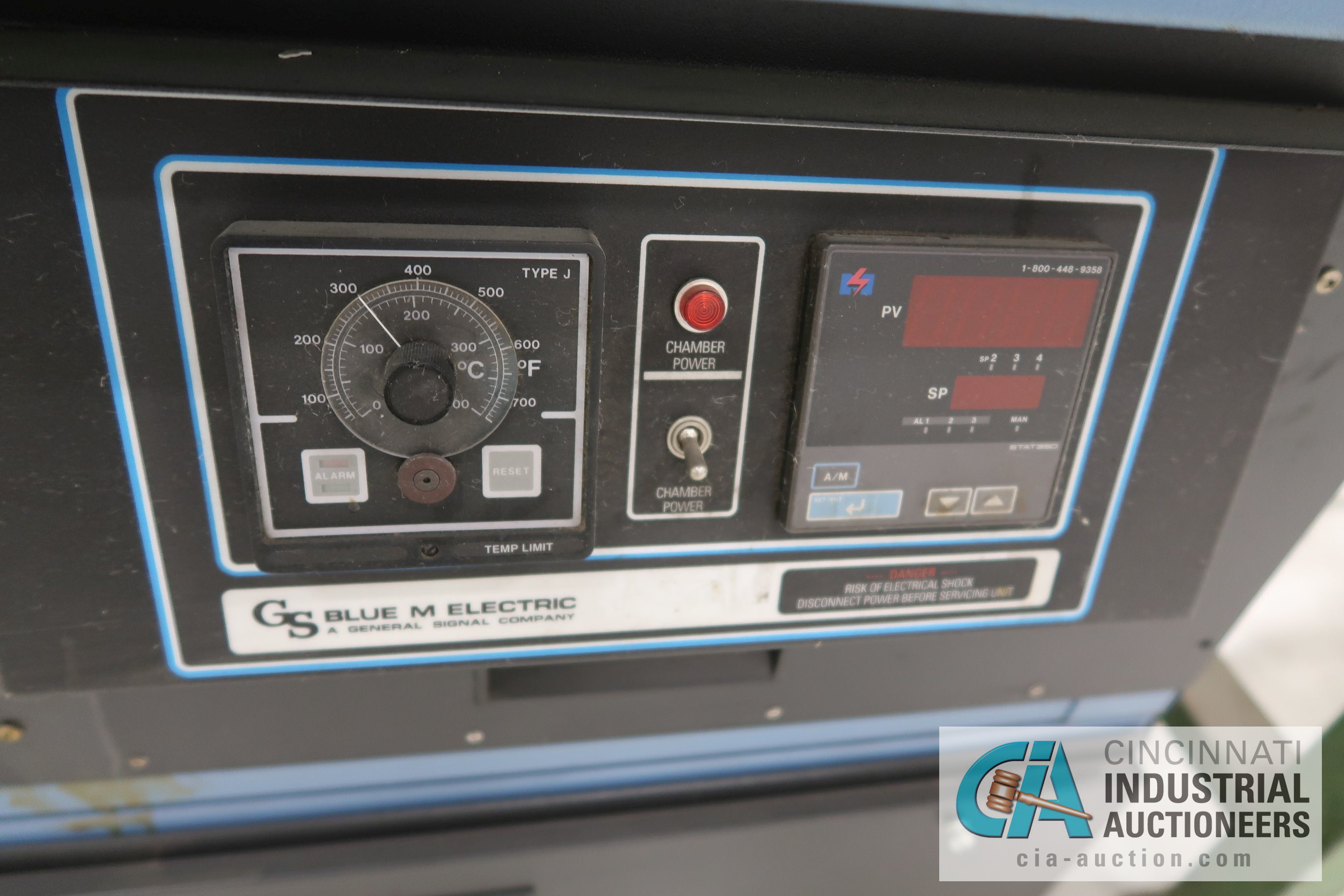 "20"" X 20"" X 20"" BLUE M MODEL CC-04W-M-G-HP ELECTRIC CONVECTION OVEN; S/N V30J-451910-WJ, 480 VOLT, - Image 2 of 4"