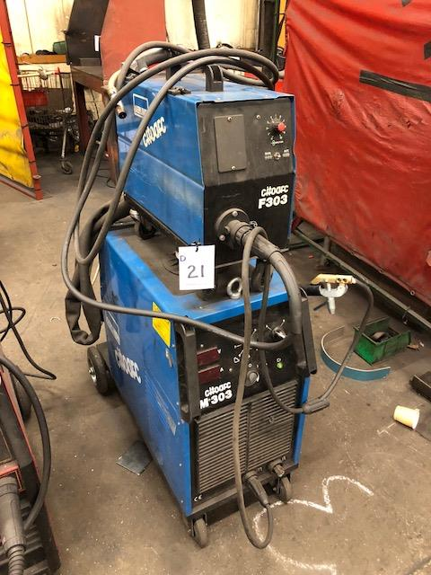 Lot 21 - OERLIKON CITOARC M303, 415v portable MIG welder s/no: H-03-157351, complete with CITOARC F303 wire
