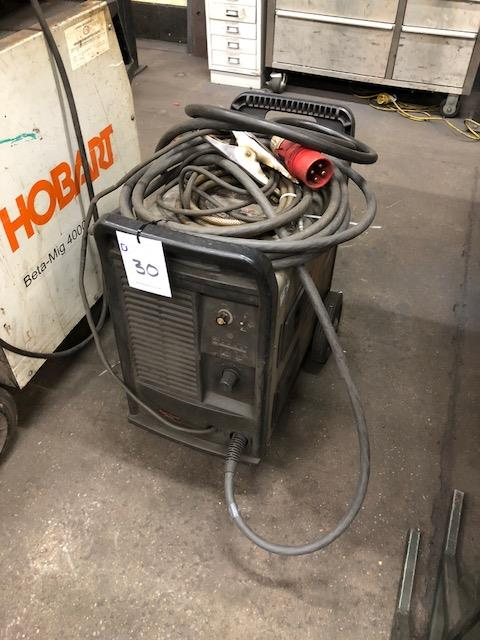 Lot 30 - HYPERTHERM POWERMAX 1650, 415v portable plasma cutting system s/no: 1650 004326