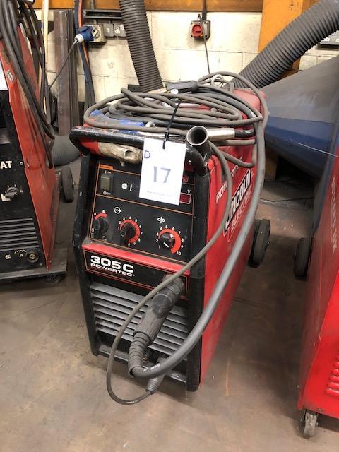 Lot 17 - LINCOLN ELECTRIC POWERTEK 305C 4X4, 415v portable MIG welder s/no: P1130700813