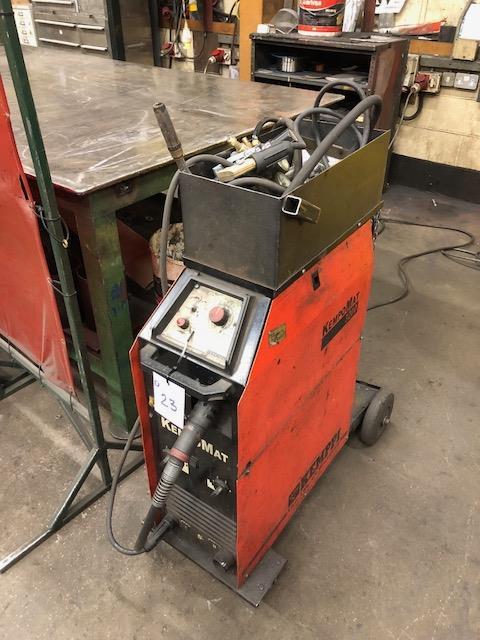 Lot 23 - KEMPPI KEMPOMAT 3200, 415v portable MIG welder s/no: 1118140P