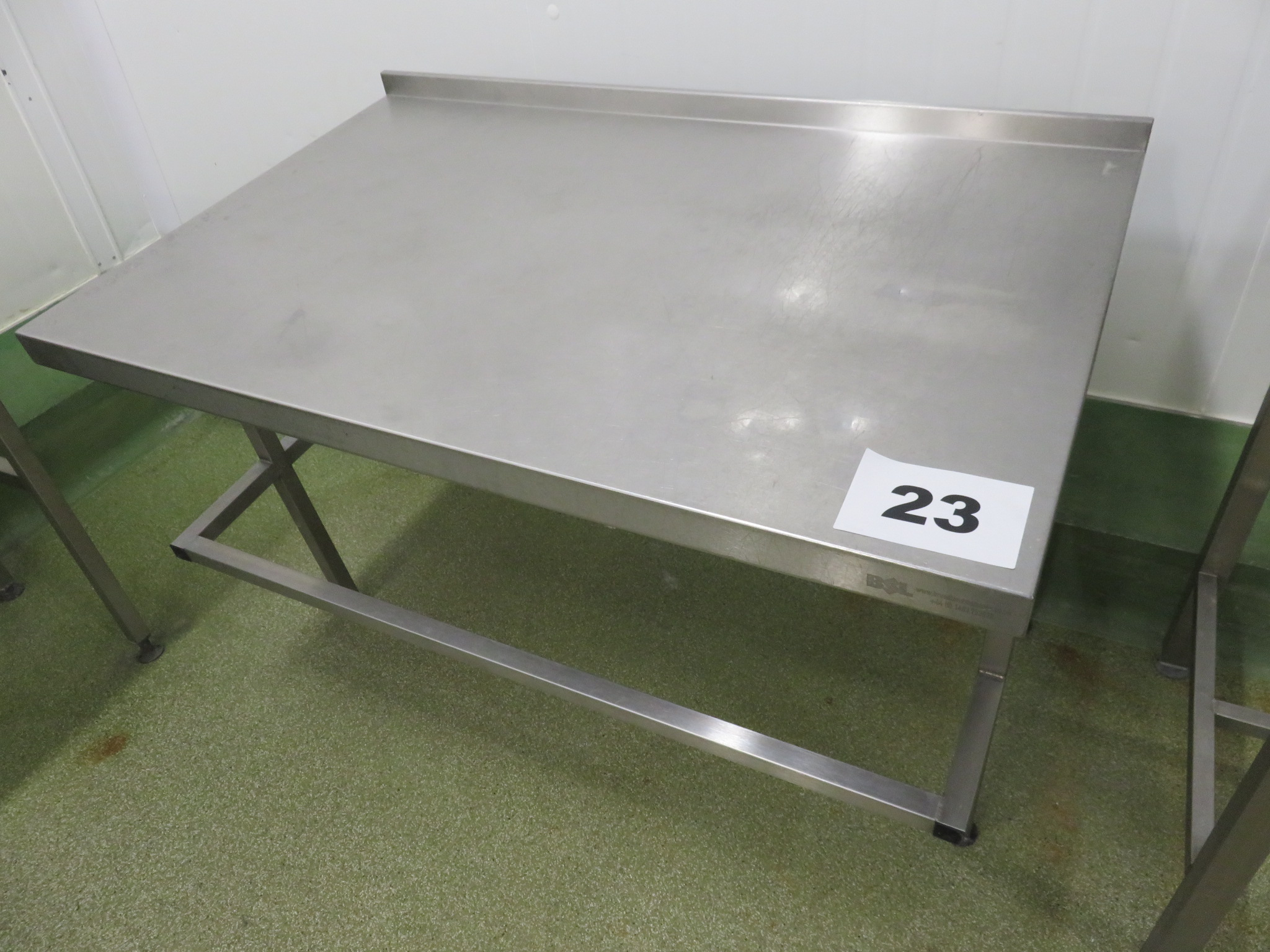Lot 23 - S/s table. LO £15.