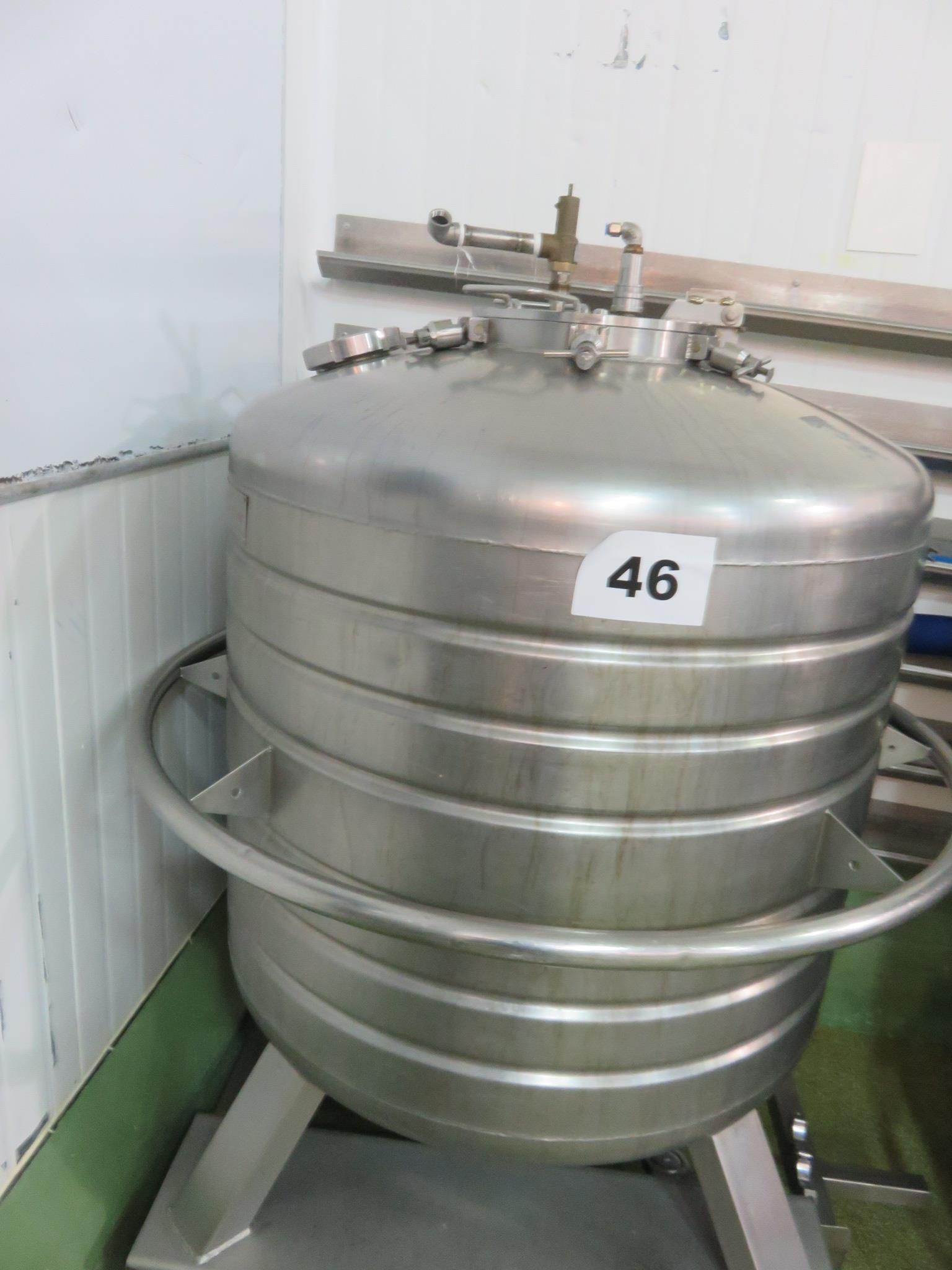 Lot 46 - DC Norris 800 litre capacity dalek. LO £60.