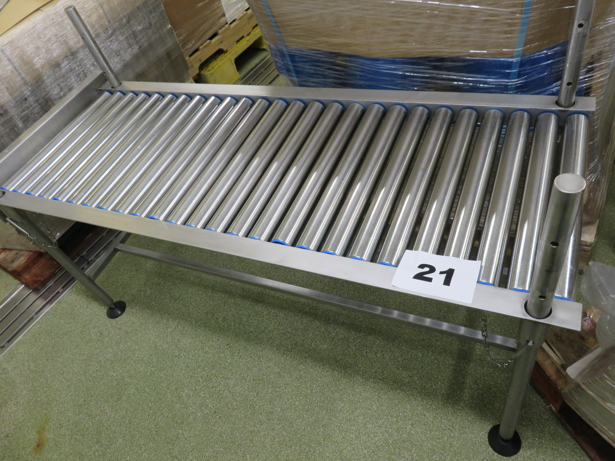 Lot 21 - Roller conveyor. LO £15.