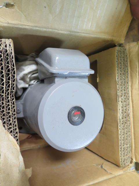 Fiji Coolant Pump (NEW) - Image 2 of 3