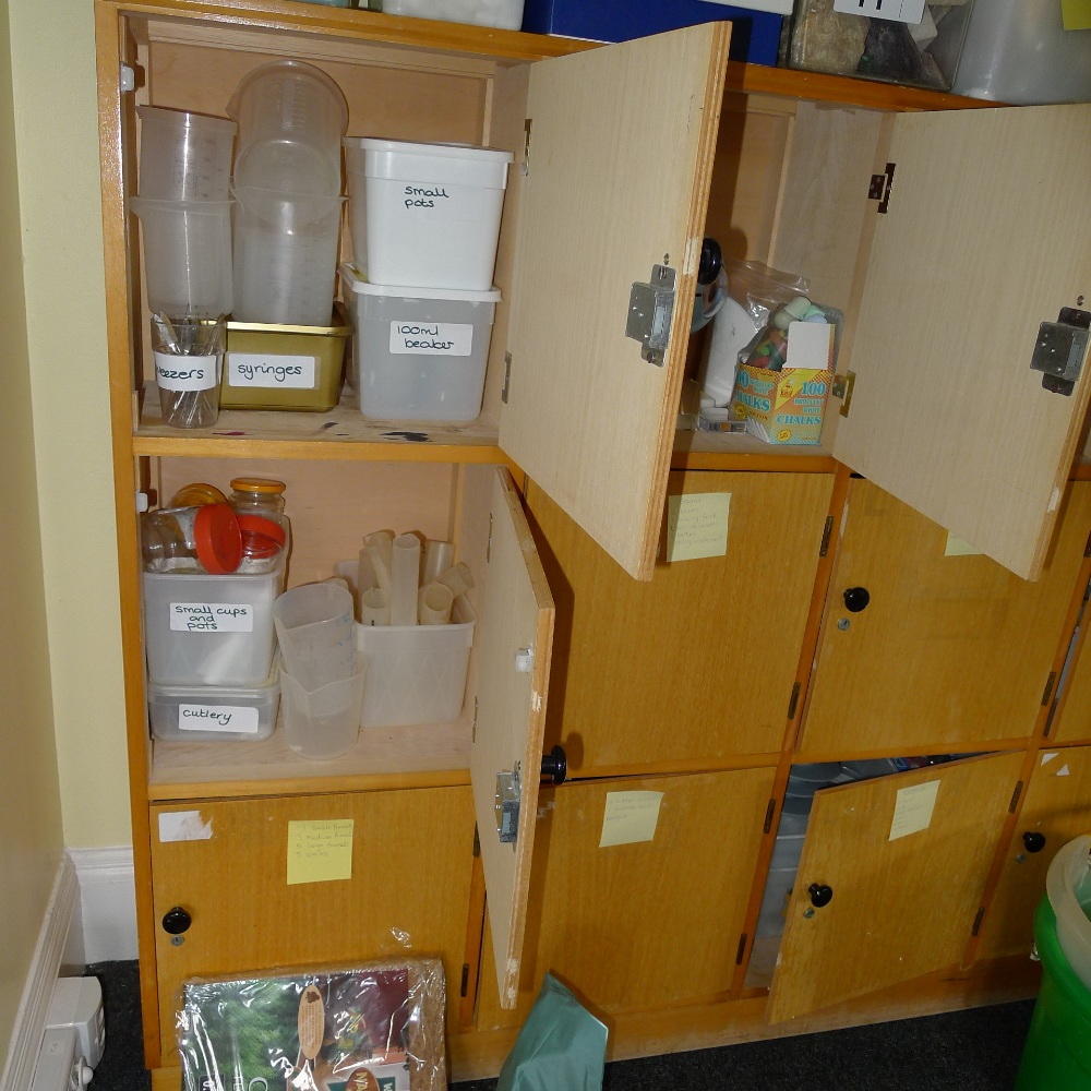 Lot 11 - a qty. of misc. junior scientific equipment and samples etc. (located in junior school first floor)