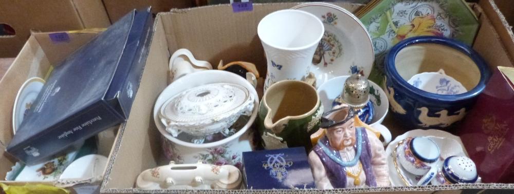 Lot 122 - A quantity of miscellaneous ceramics