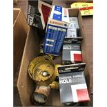 LOT OF ASSORTED HOLE SAW