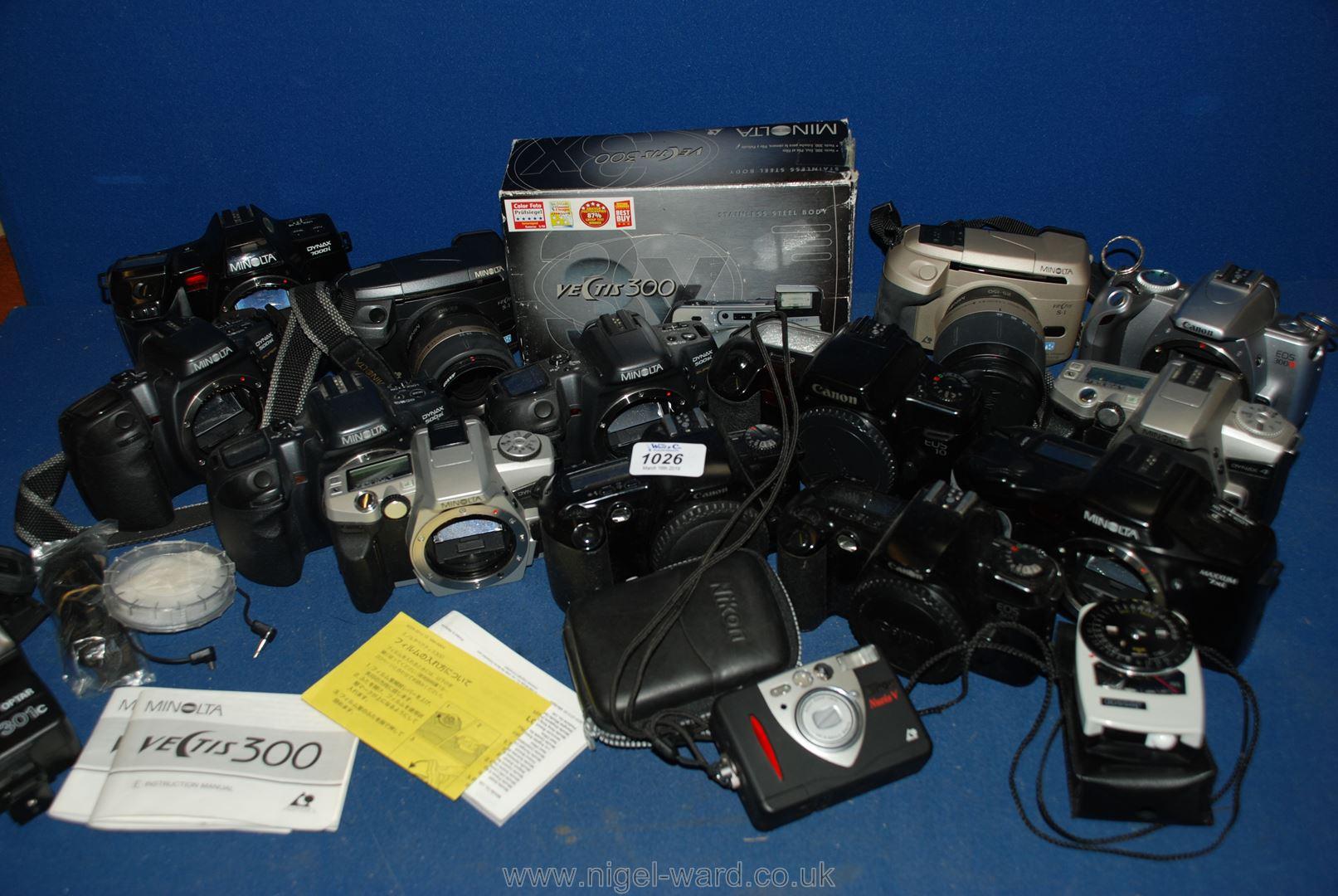 Lot 1026 - A large quantity of SLR film Cameras to include; Minolta, Nikon, Canon, etc.