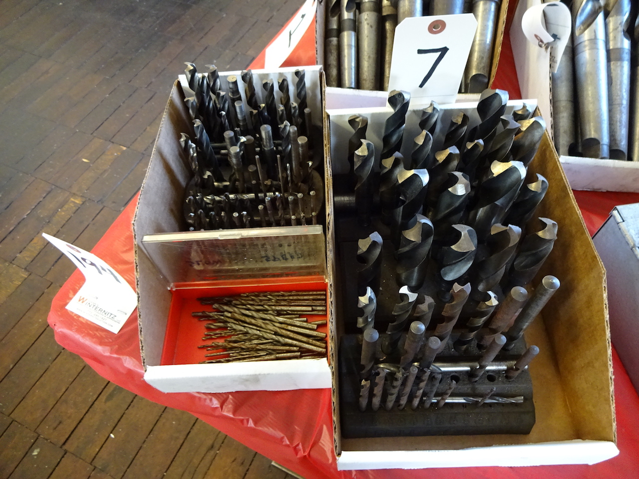 Lot 7 - LOT: Assorted Drills