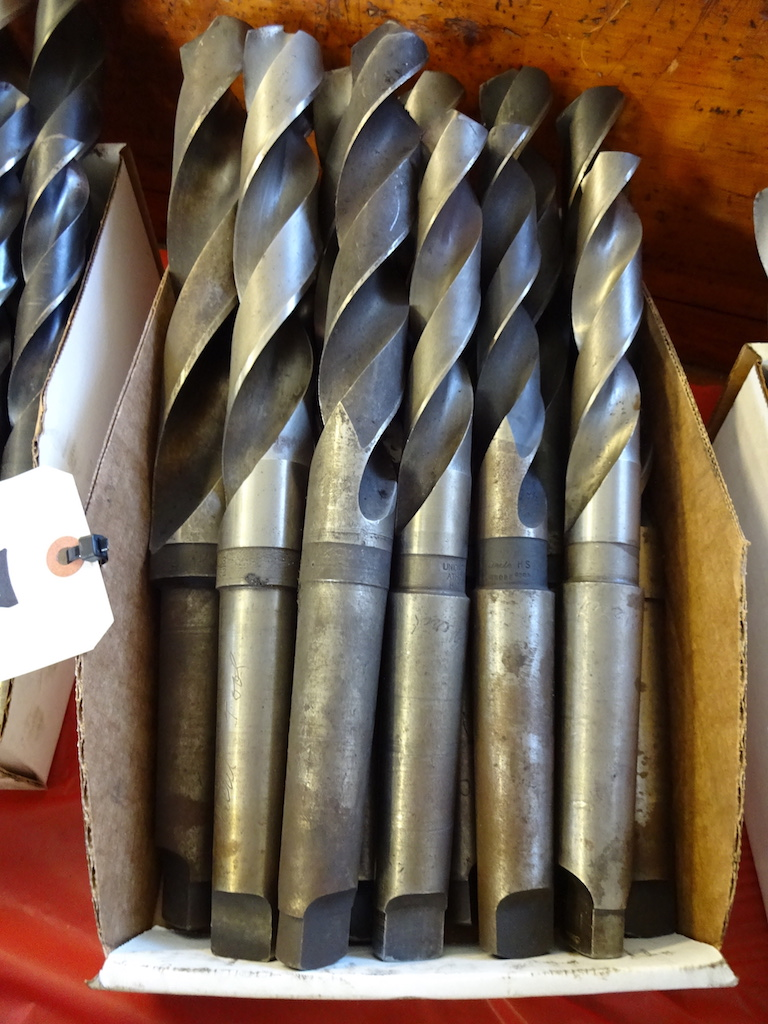 Lot 3 - LOT: Assorted Drills