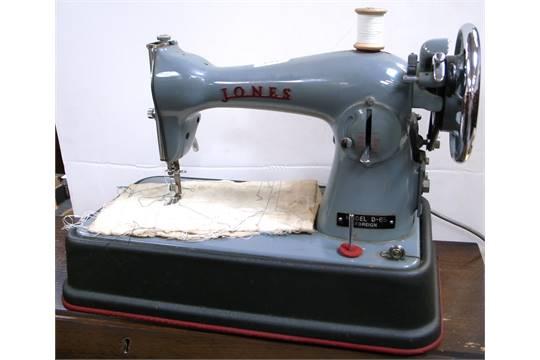 A Cased Jones CB Model D40 Sewing Machine Delectable Jones Cb Sewing Machine