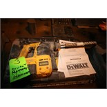DeWalt 28 V Heavy Duty Cordless Rotary Hammer, Type 1, S/N 300232