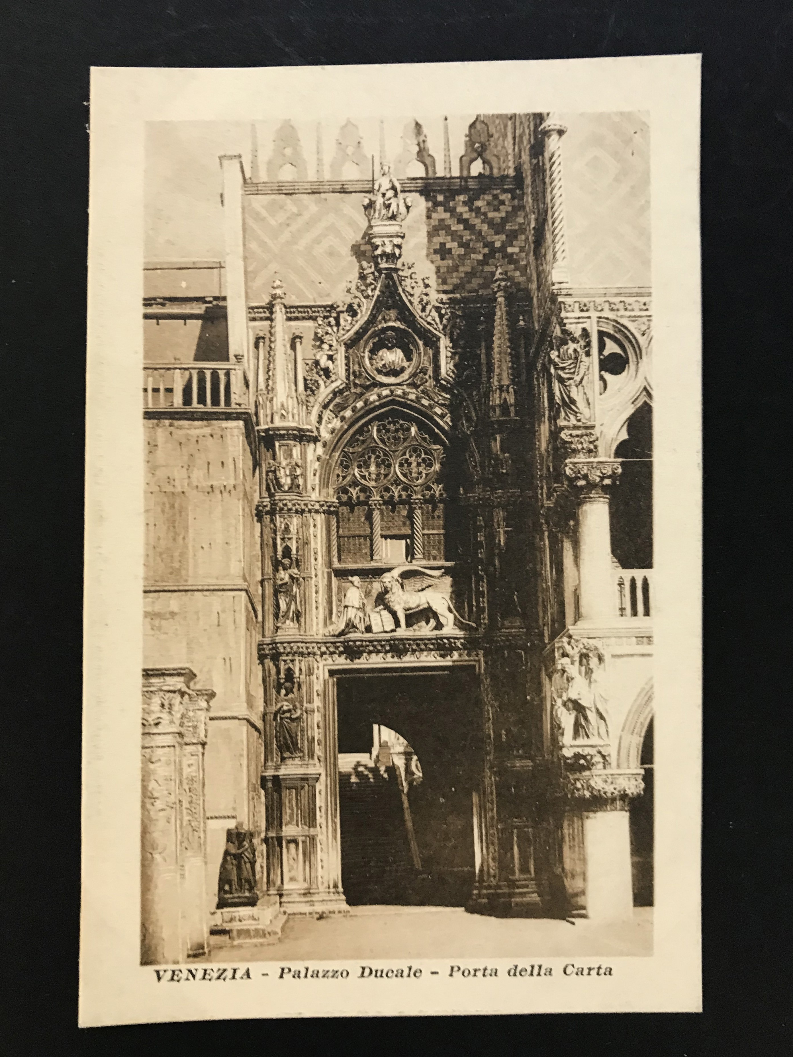 SELECTION OF VENICE RELATED POSTCARDS - Image 21 of 53