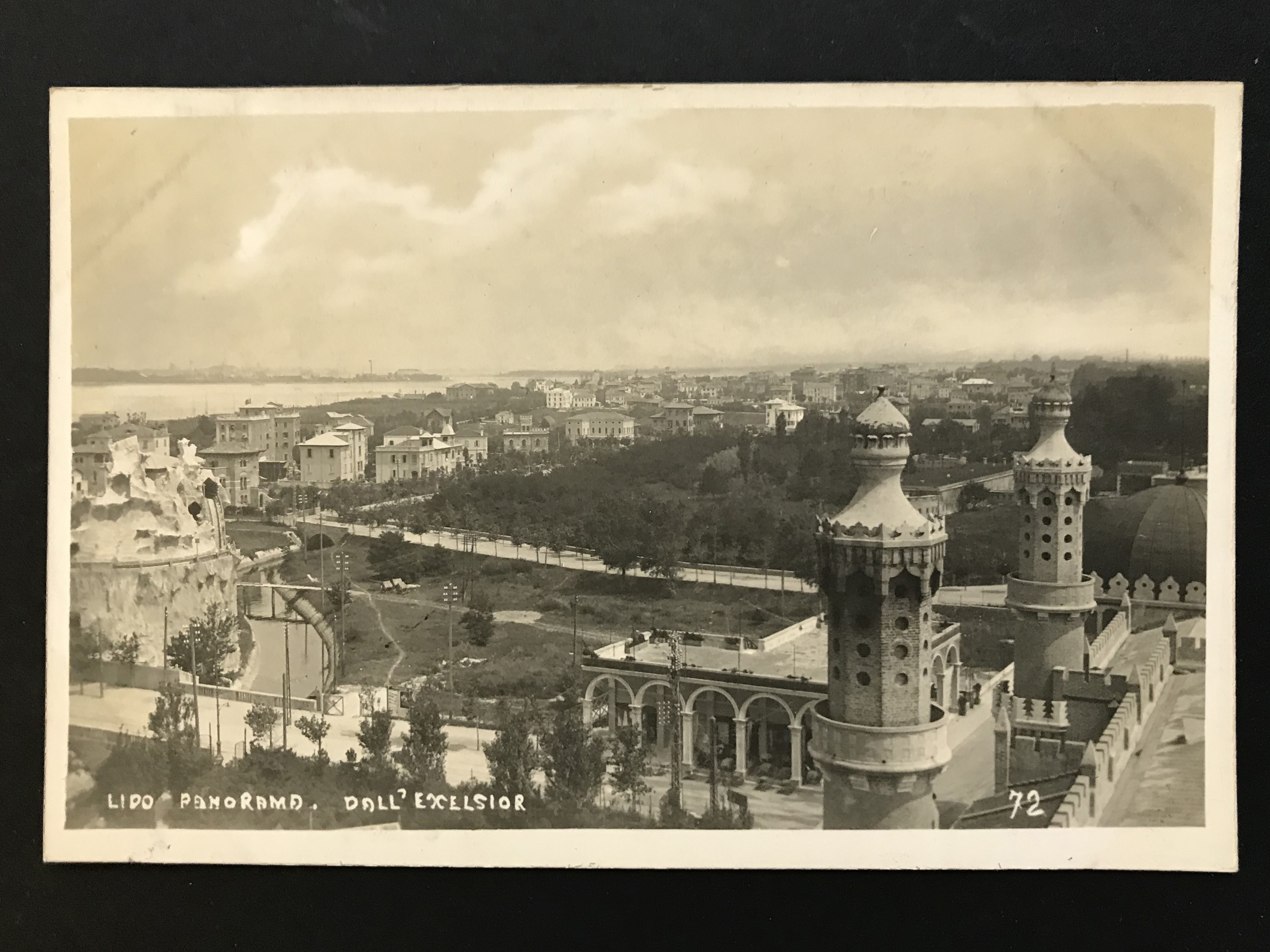 SELECTION OF VENICE RELATED POSTCARDS - Image 51 of 53