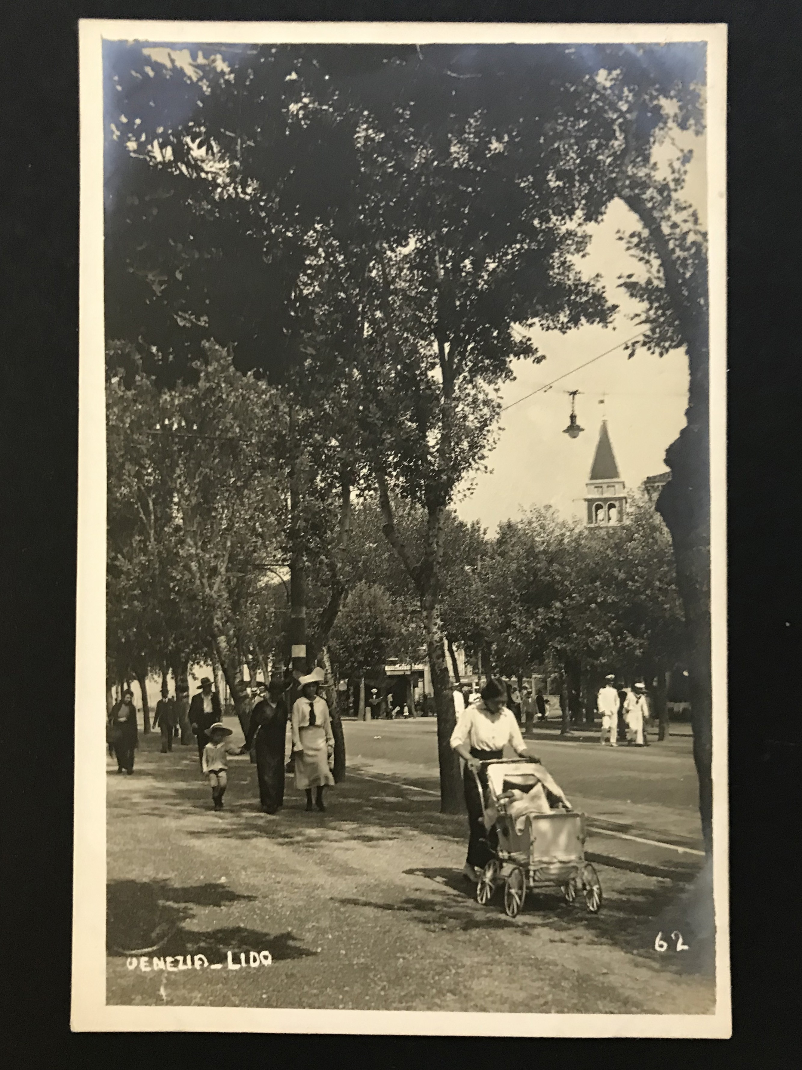 SELECTION OF VENICE RELATED POSTCARDS - Image 29 of 53