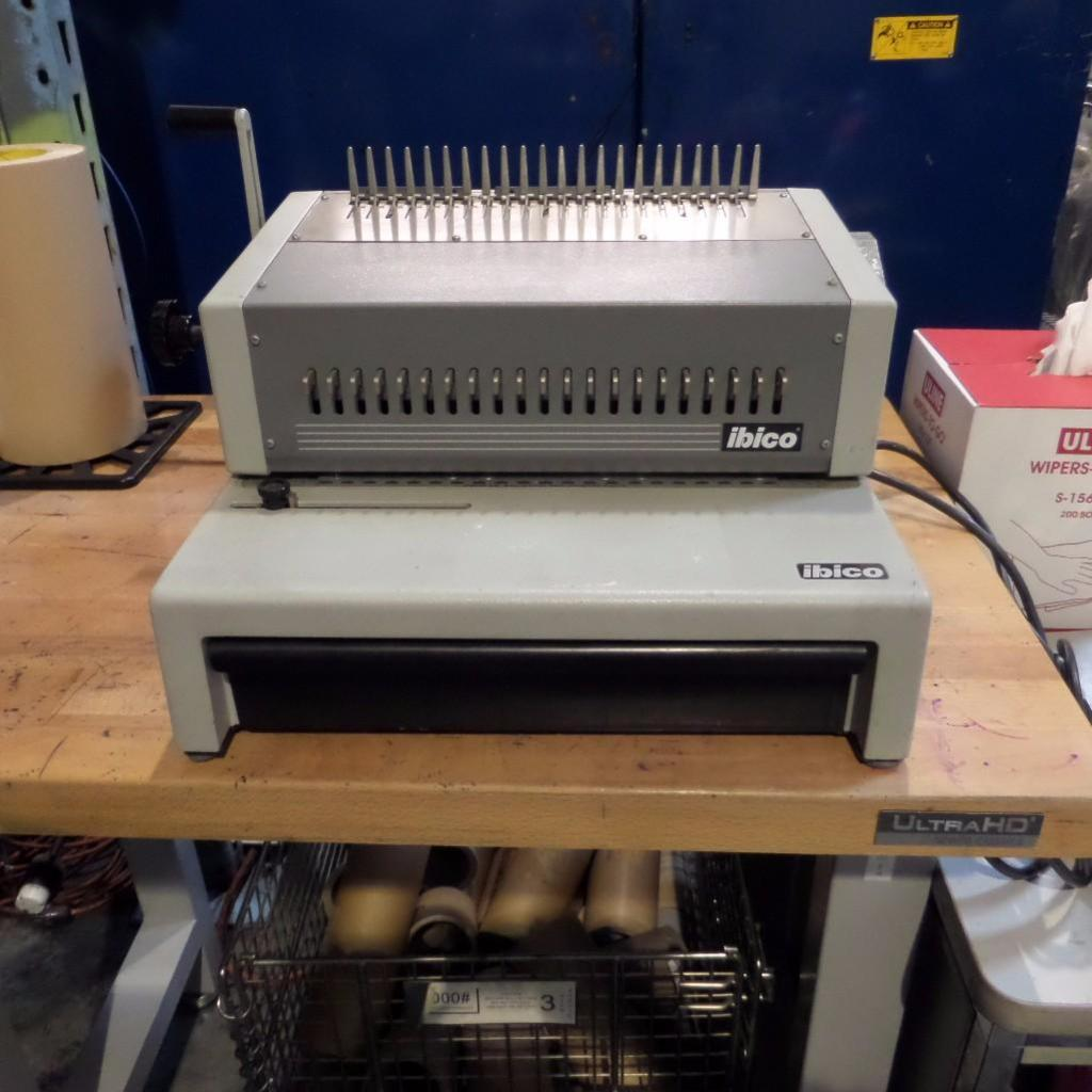 Lot 1905 - Binding Desktop Machine