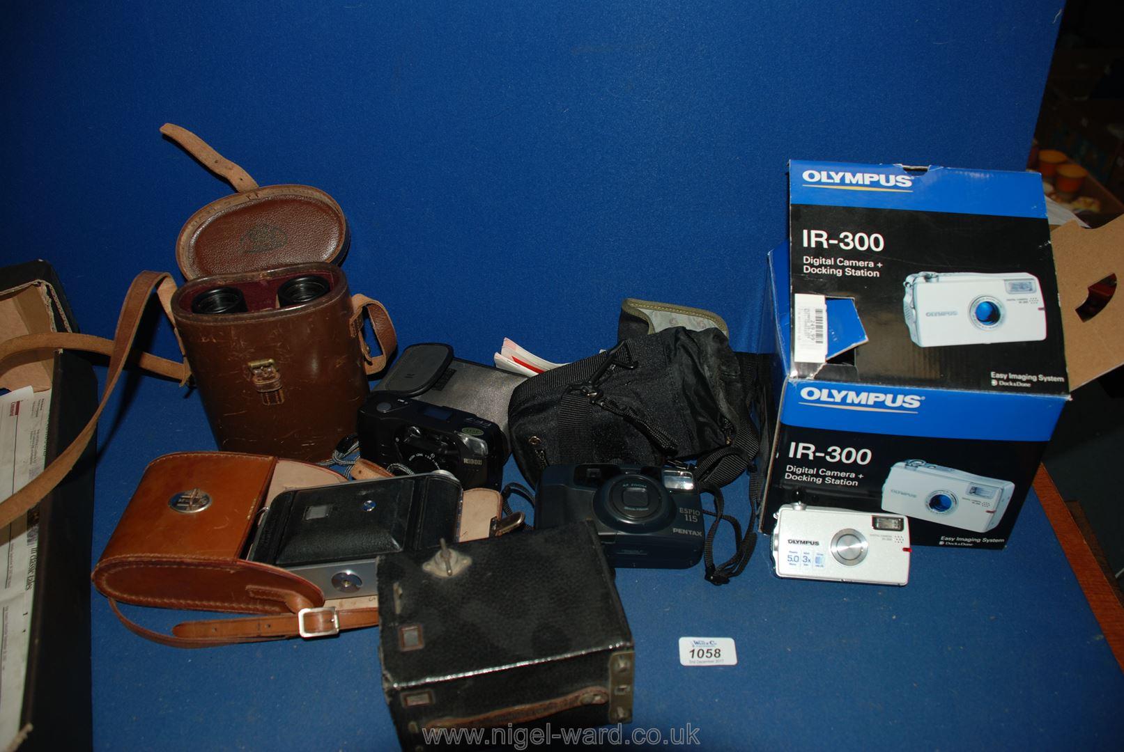 Lot 1058 - A quantity of various Cameras