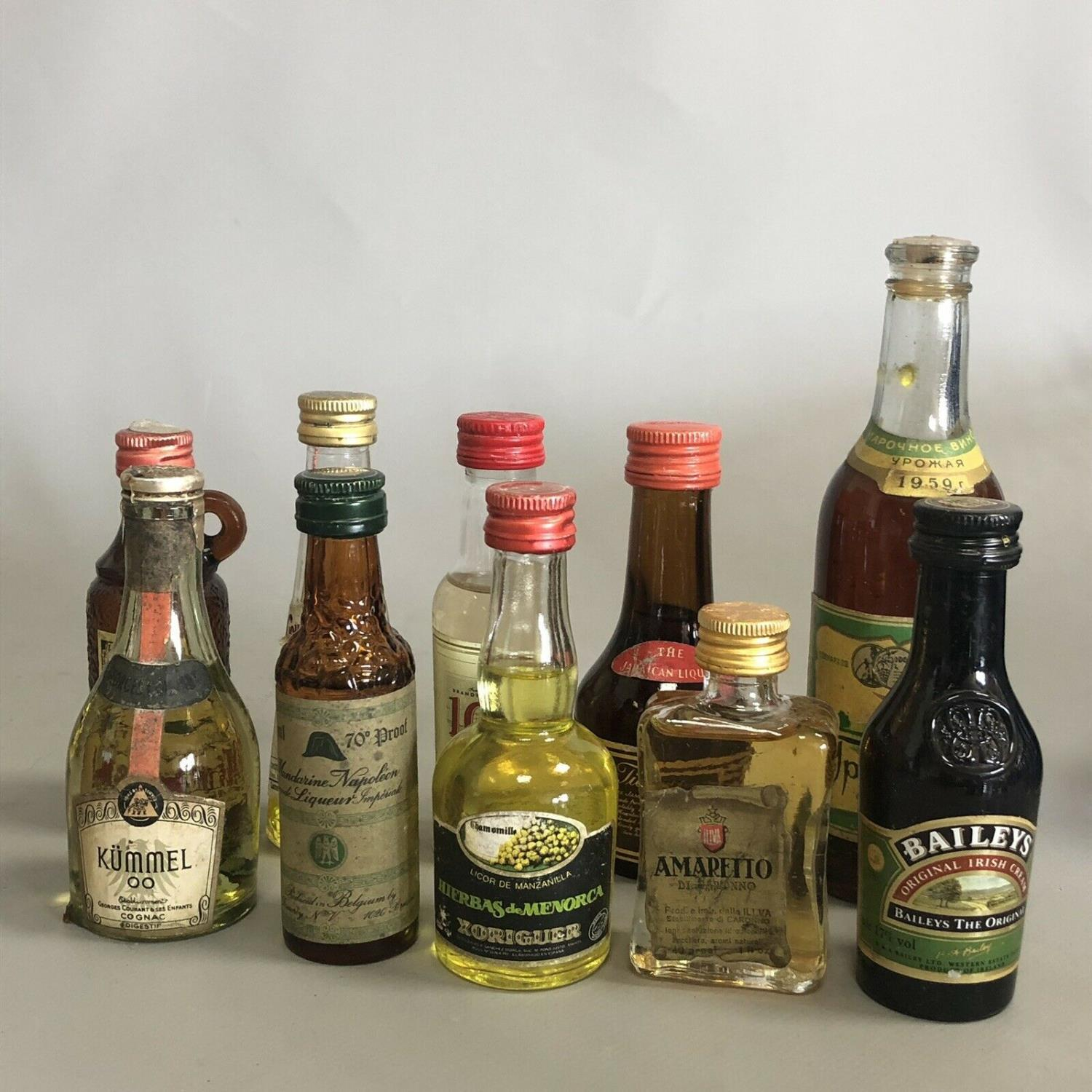 A parcel of 10 alcoholic drink miniatures with free UK delivery and No Reserve - Image 2 of 2