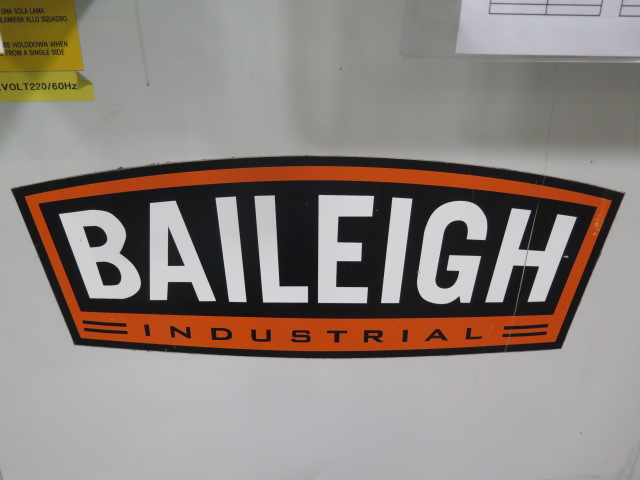 "Lot 32 - 2007 Baileigh AF-B Type 226 8 5/8"" x 8 5/8"" Power Corner Notcher s/n C3285 w/ Fence"
