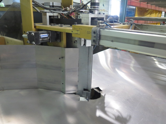 """Lot 15 - 2008 Computerized Cutters, Inc. """"ACCU-BEND"""" mdl. 410 Automated Letter Bender s/n 0107-582-0308K w/"""