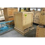 LOT CRATES AND SKIDS
