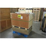 LOT OF WOOD CRATE AND PLYWOOD