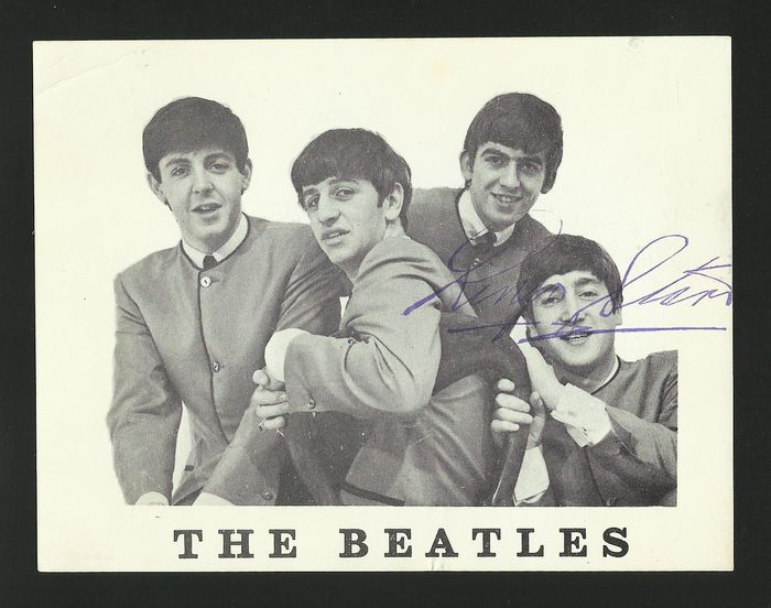 Lot 69 - Beatles Fan Club Card 1963