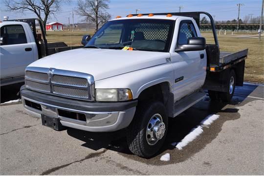 2002 dodge 3500 hd dually reg cab 2wd 5 9 cummins diesel 6 speed manual 9 flatbed headache 2002 dodge 3500 hd dually reg cab 2wd