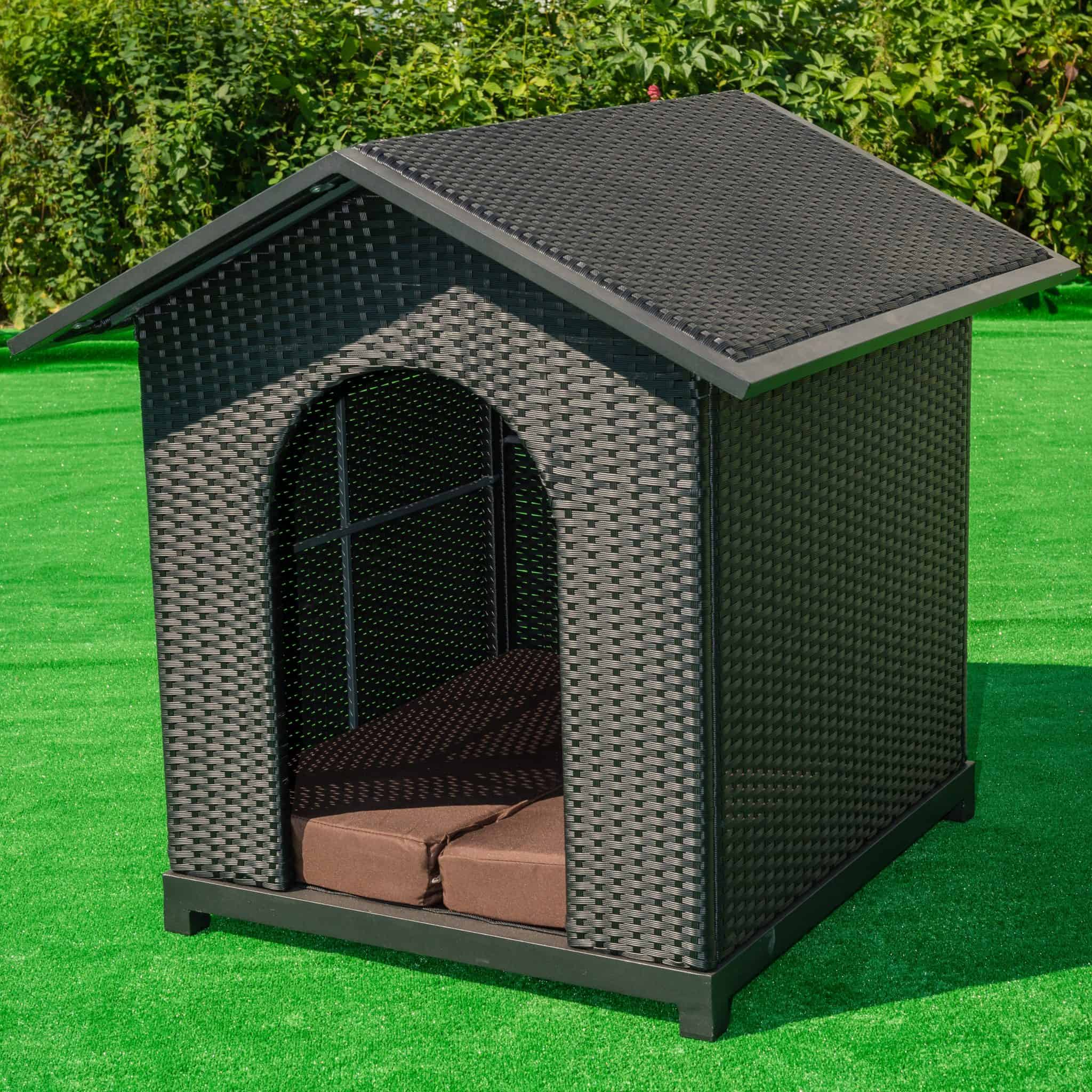 Lot 38 - Luxury Dog Kennel Brown Pu All Weather Rattan